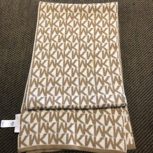 Micheal Micheal Kors tan and cream color scarf